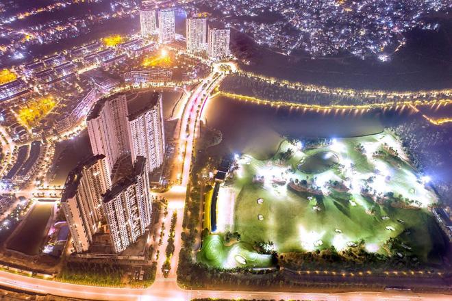 Khách Hàn Quốc trúng xe Mercedes khi mua căn hộ Aqua Bay - Ecopark