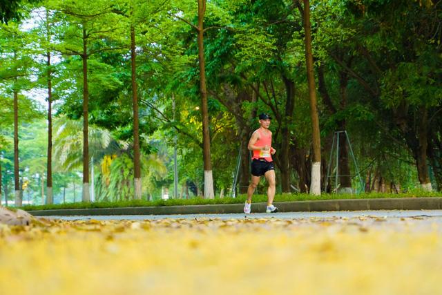 """Ecopark Marathon ấn tượng với """"cung đường chạy đẹp nhất Việt Nam"""" - Ảnh 14."""